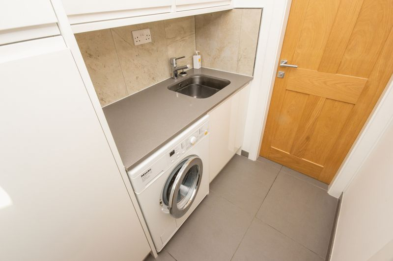 4 bed House for sale in Fitzwilliam Street - Photo 38 (Property Image 12)