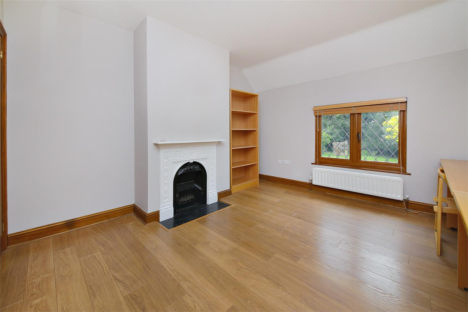 6 bed to rent in Elstree - (Property Image 9)