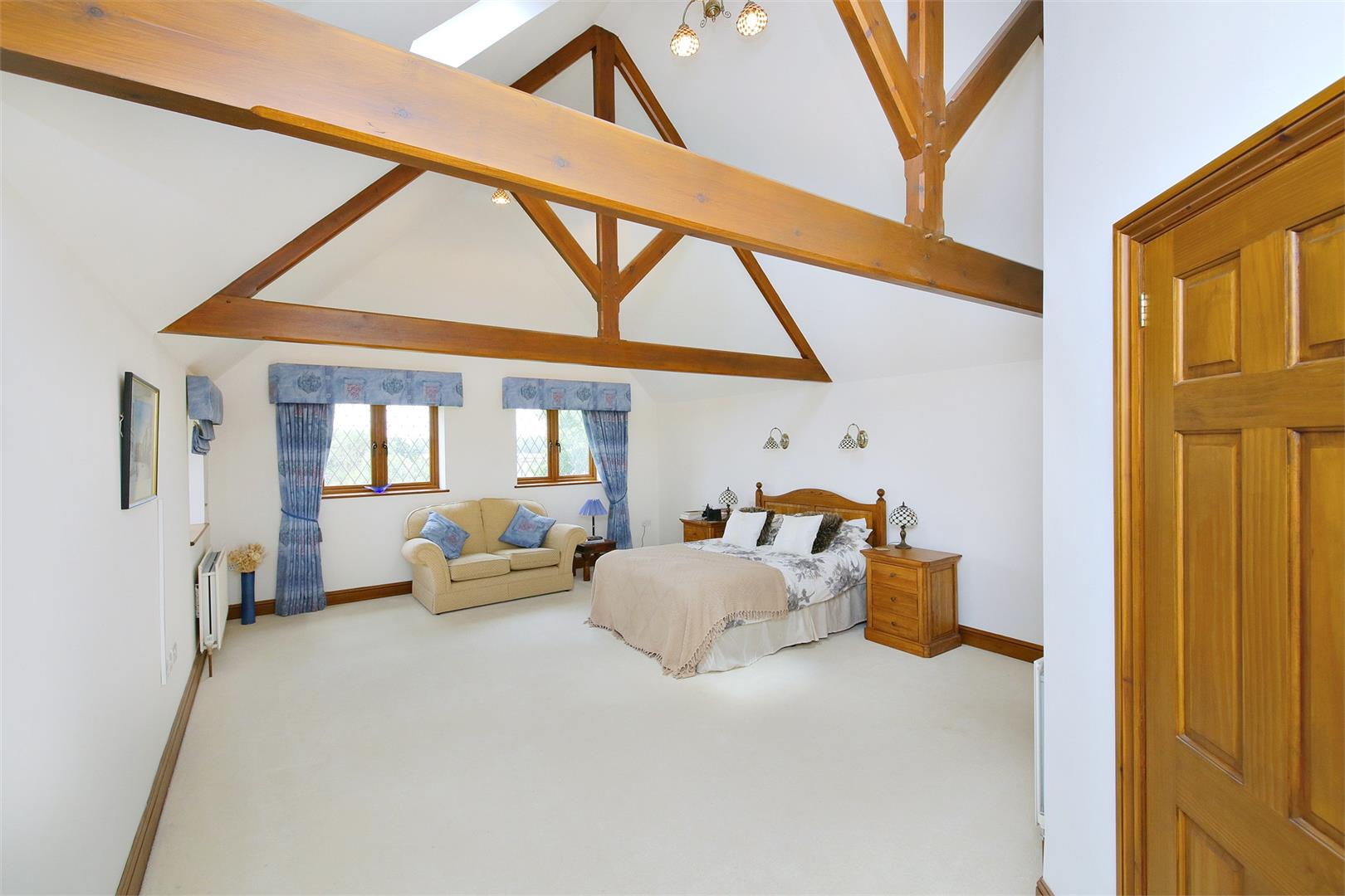 6 bed to rent in Elstree - (Property Image 5)
