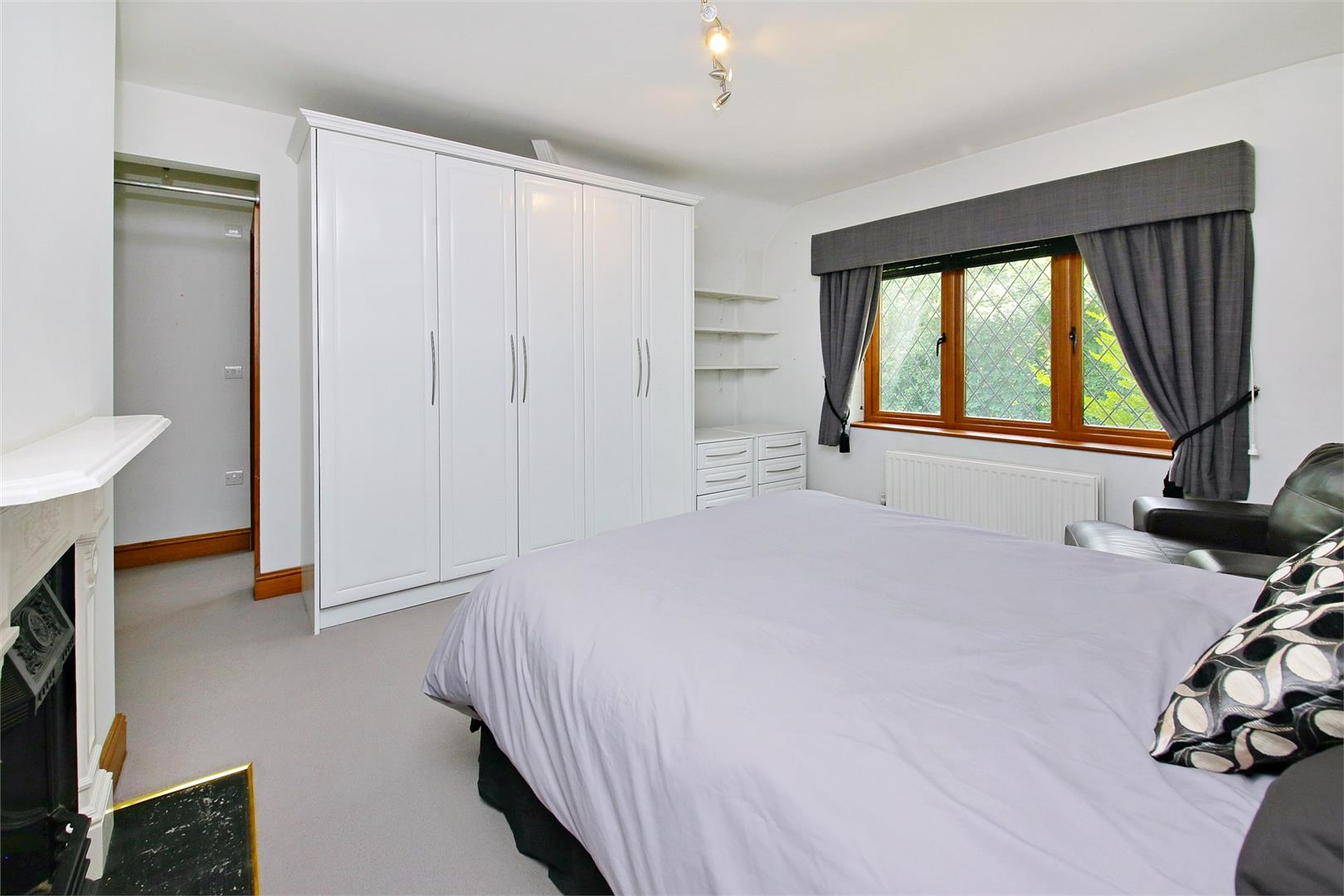 6 bed to rent in Elstree - (Property Image 8)