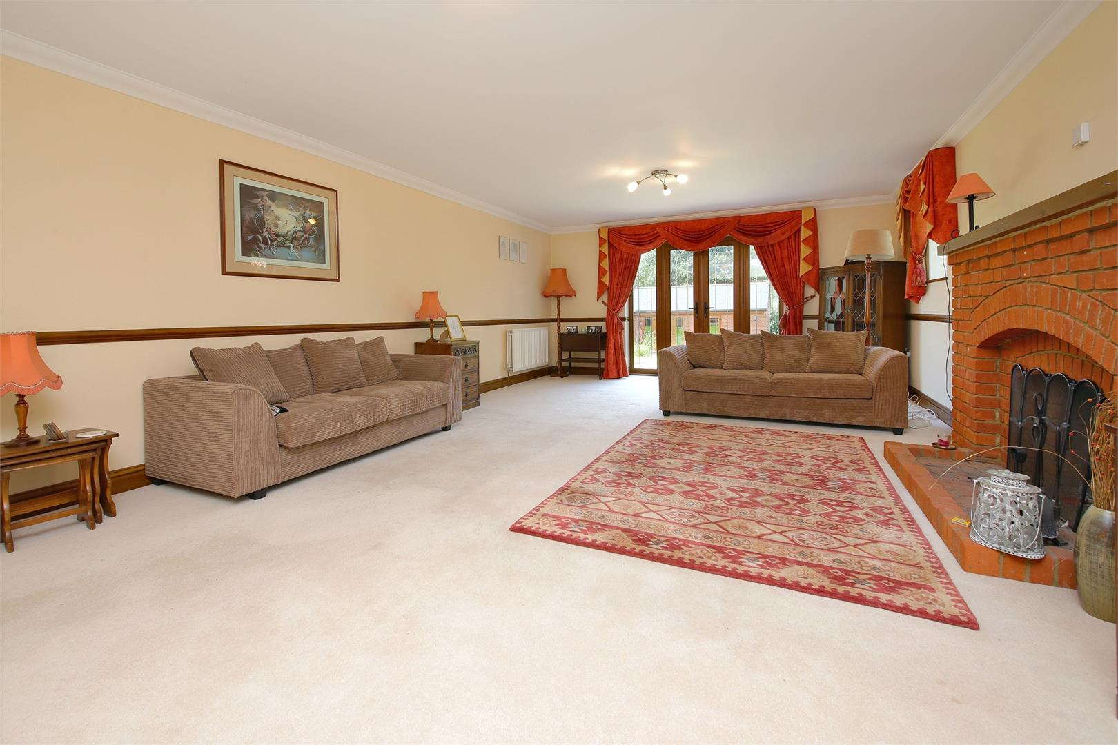 6 bed to rent in Elstree - (Property Image 1)