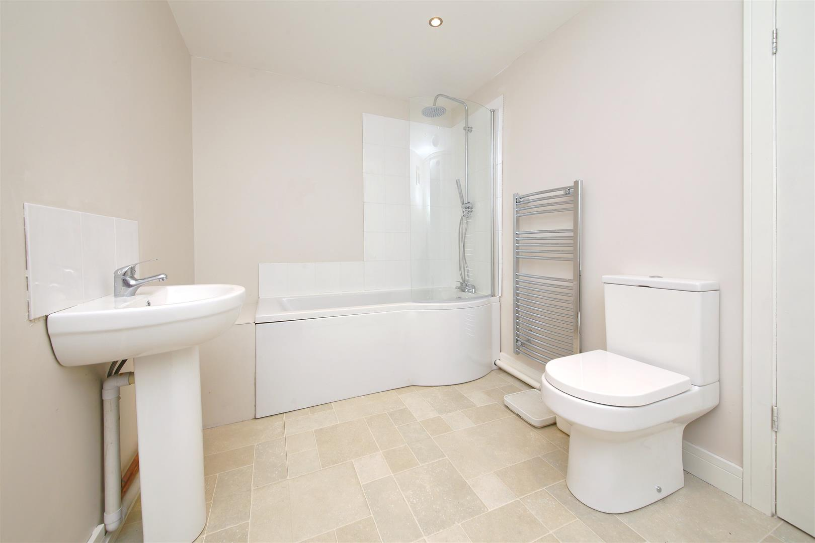 3 bed for sale in Station Road, Bricket Wood - (Property Image 11)