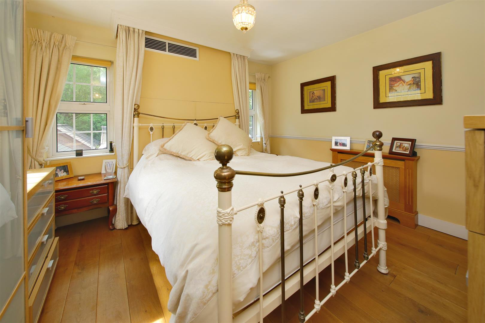 3 bed for sale in Station Road, Bricket Wood - (Property Image 3)