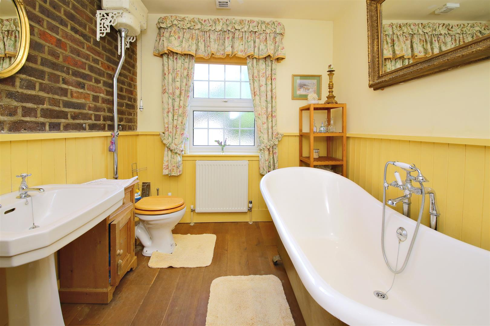 3 bed for sale in Station Road, Bricket Wood - (Property Image 5)