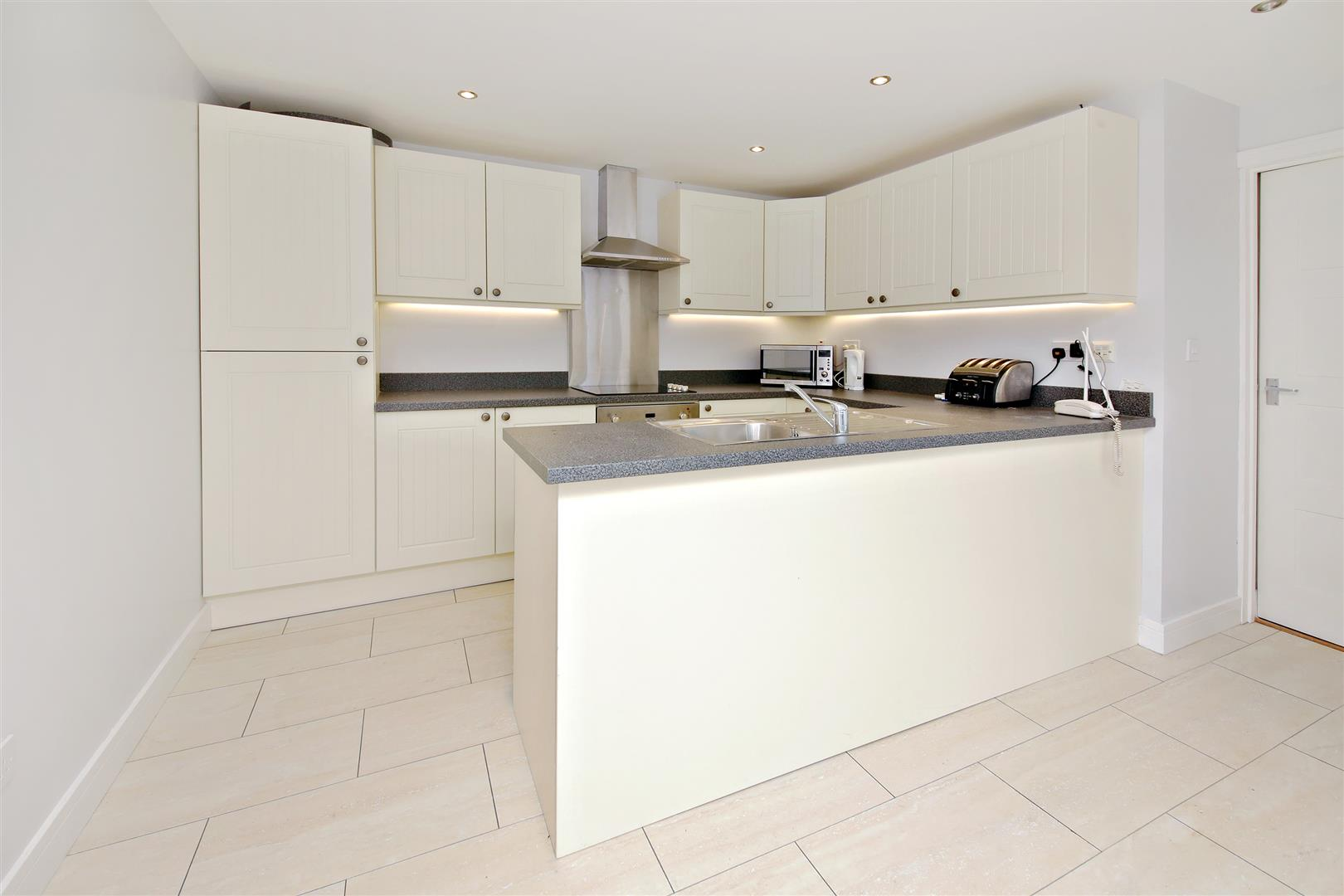 3 bed for sale in Station Road, Bricket Wood - (Property Image 9)