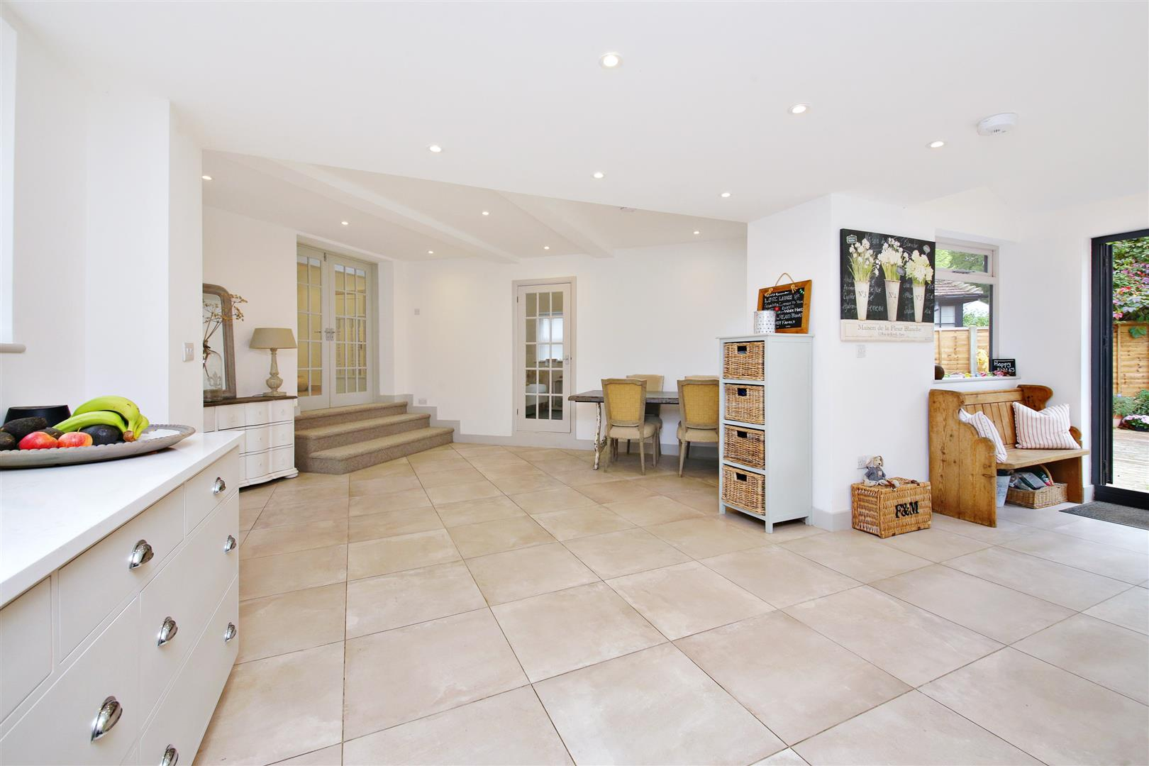 5 bed to rent in Letchmore Heath - (Property Image 6)
