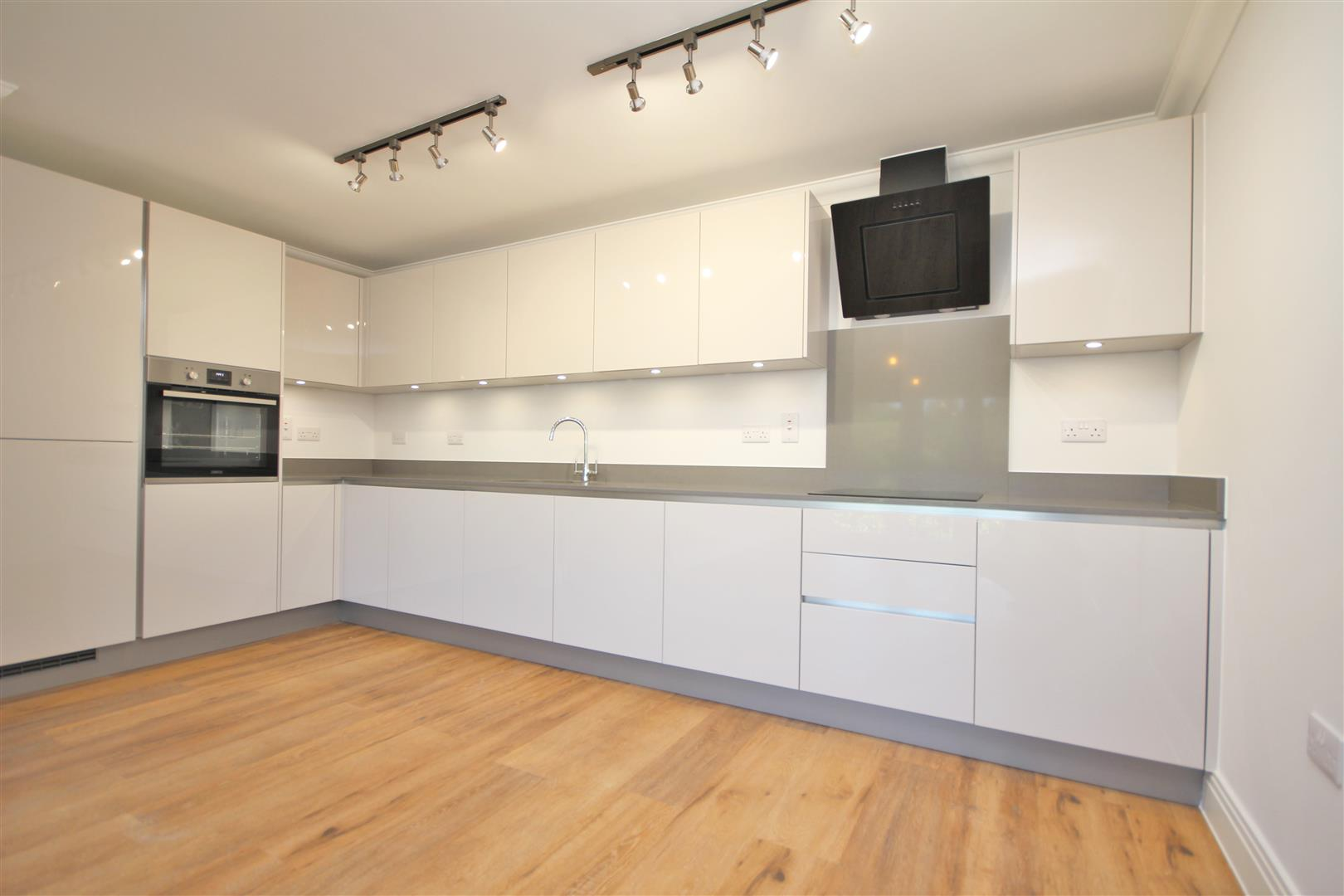 2 bed Flat to rent - (Property Image 1)