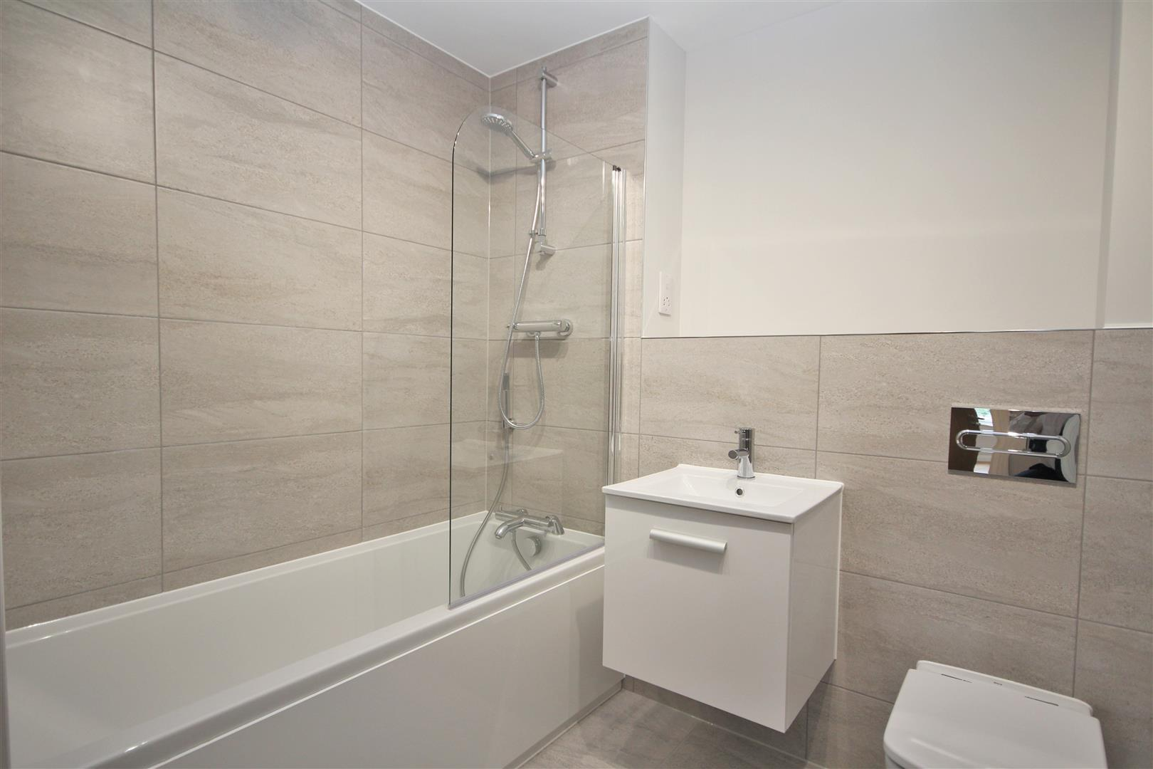 2 bed Flat to rent - (Property Image 11)