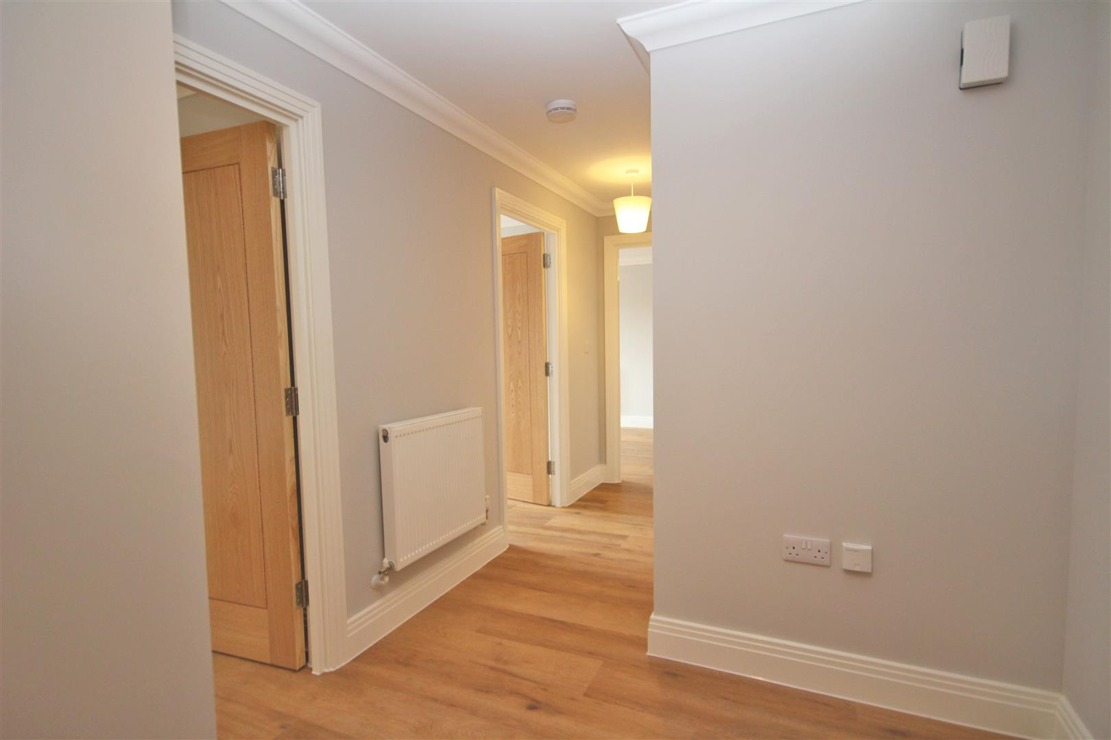 2 bed Flat to rent - (Property Image 6)