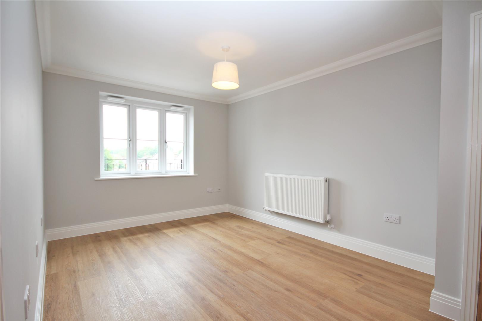 2 bed Flat to rent - (Property Image 7)
