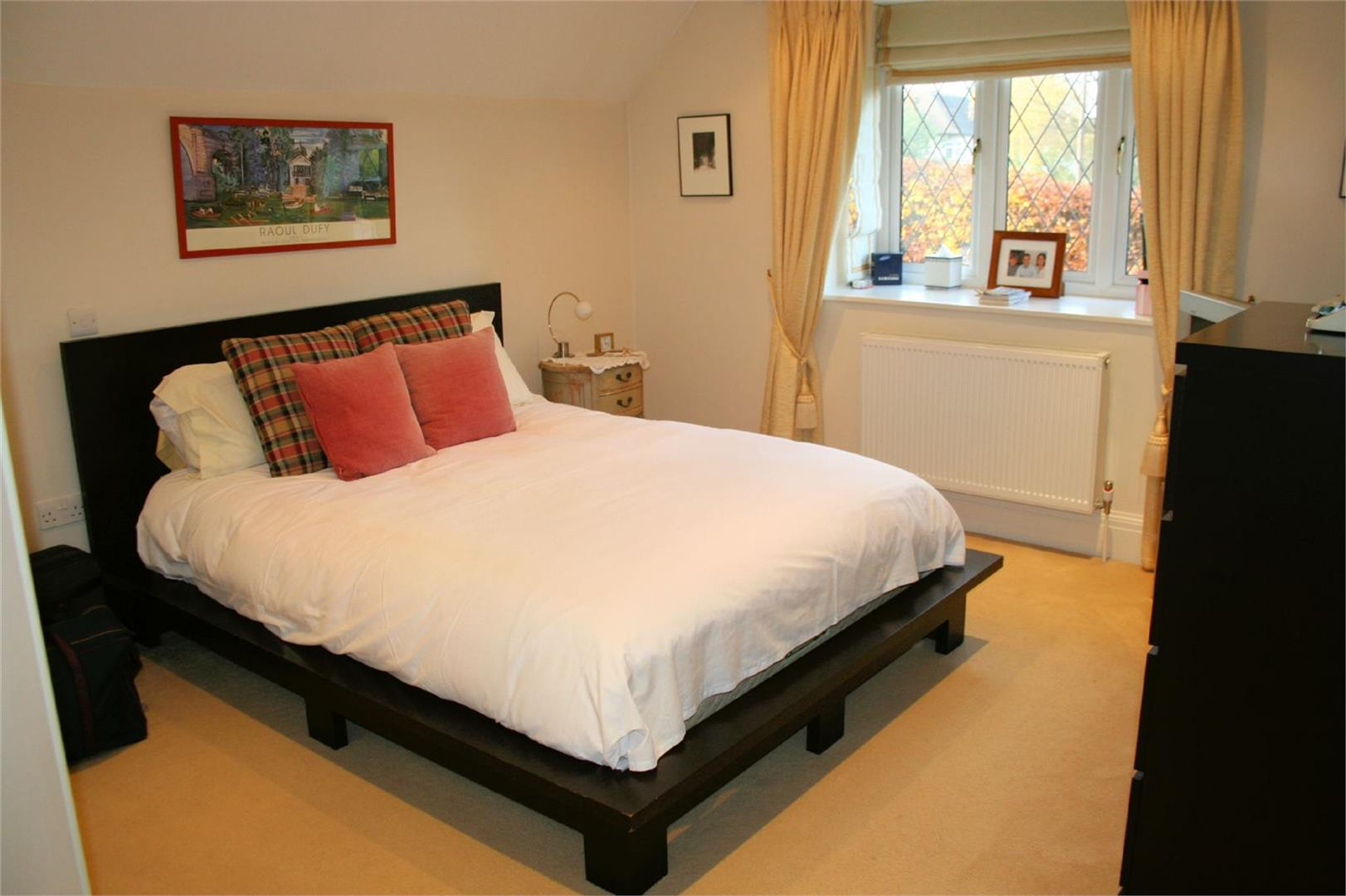 5 bed to rent - (Property Image 6)