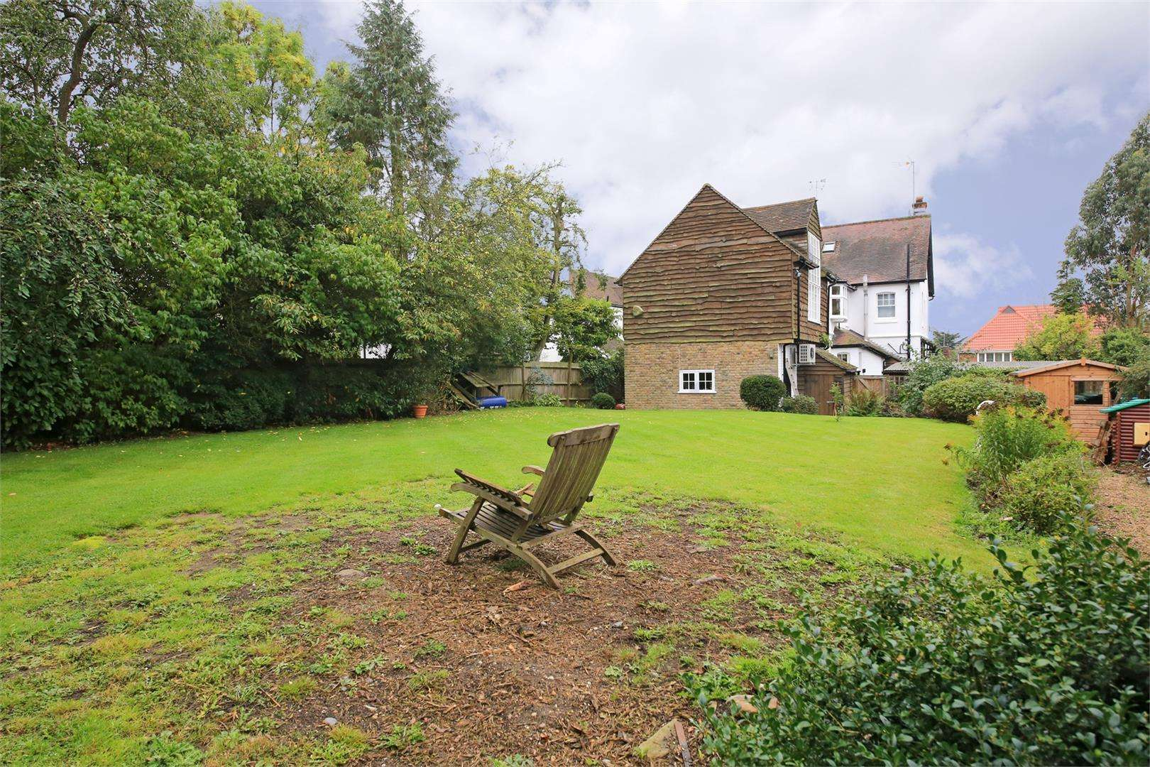 5 bed to rent - (Property Image 18)