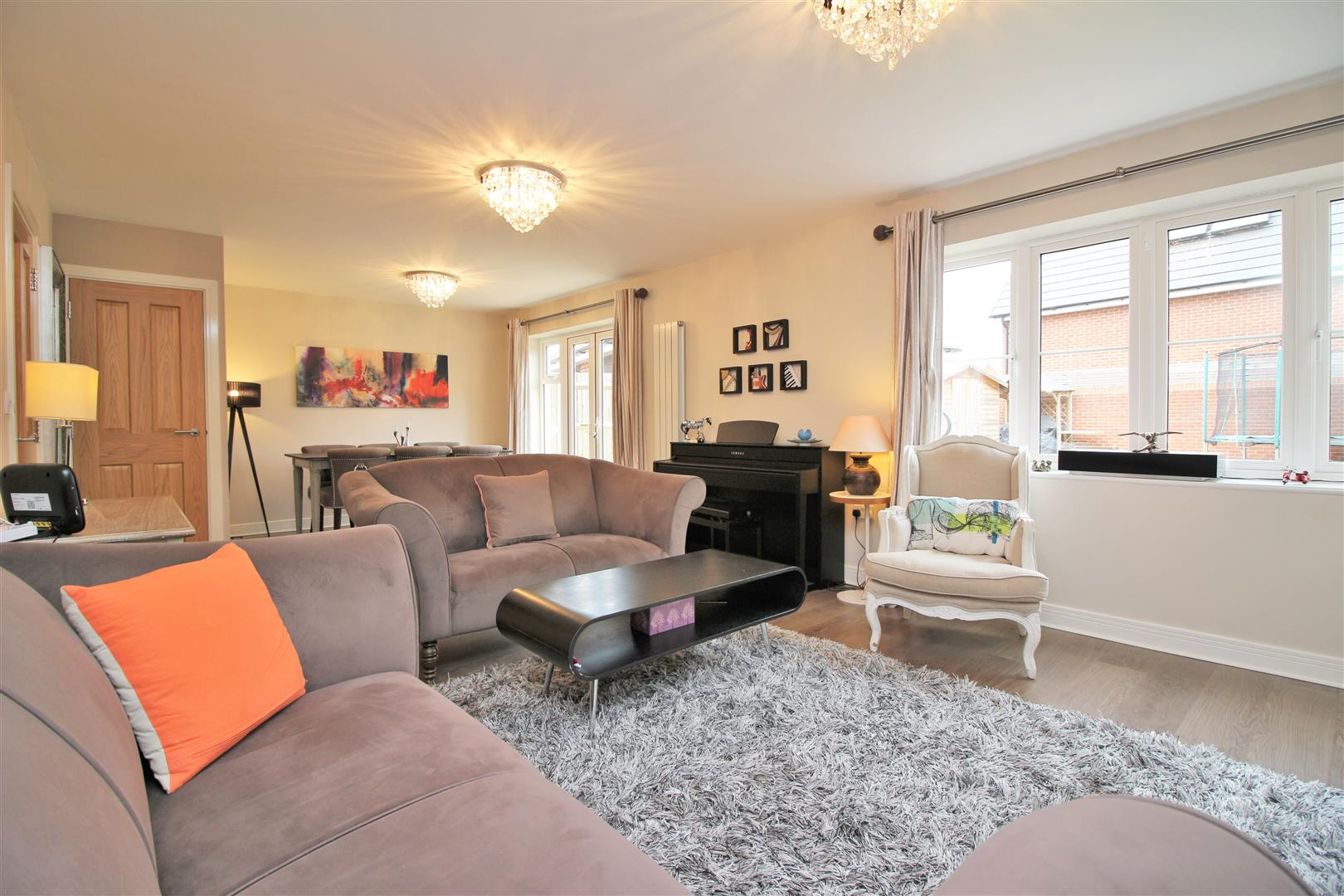 4 bed to rent in Leavesden - (Property Image 2)