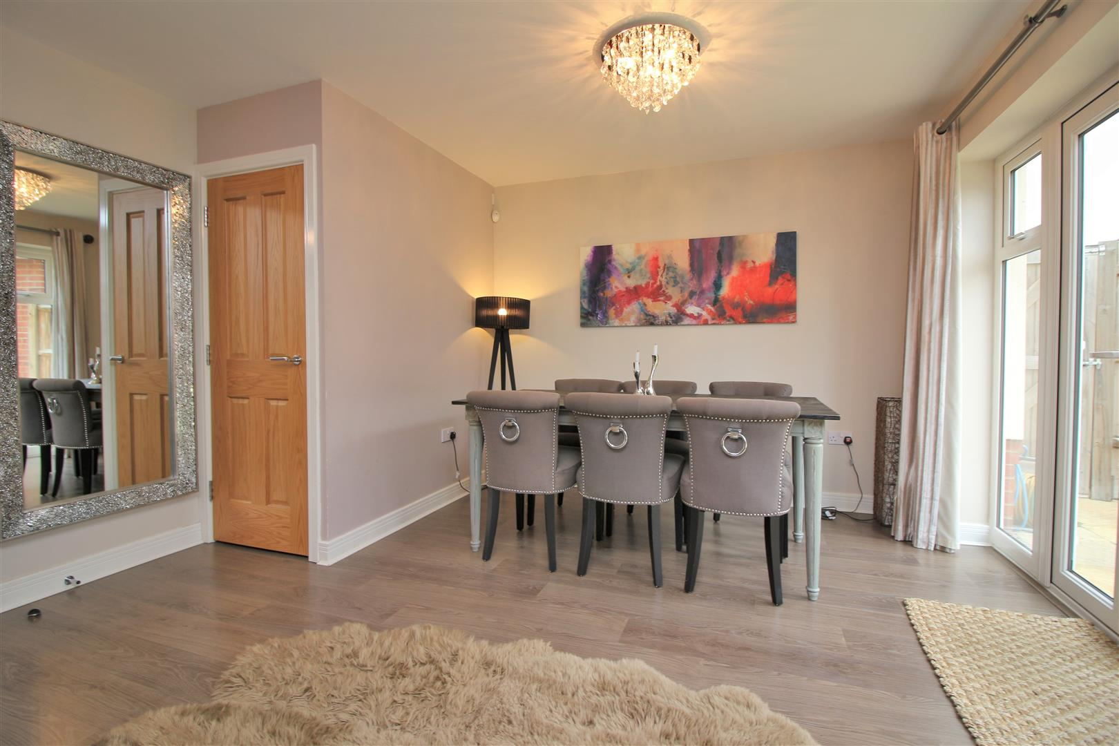 4 bed to rent in Leavesden - (Property Image 3)
