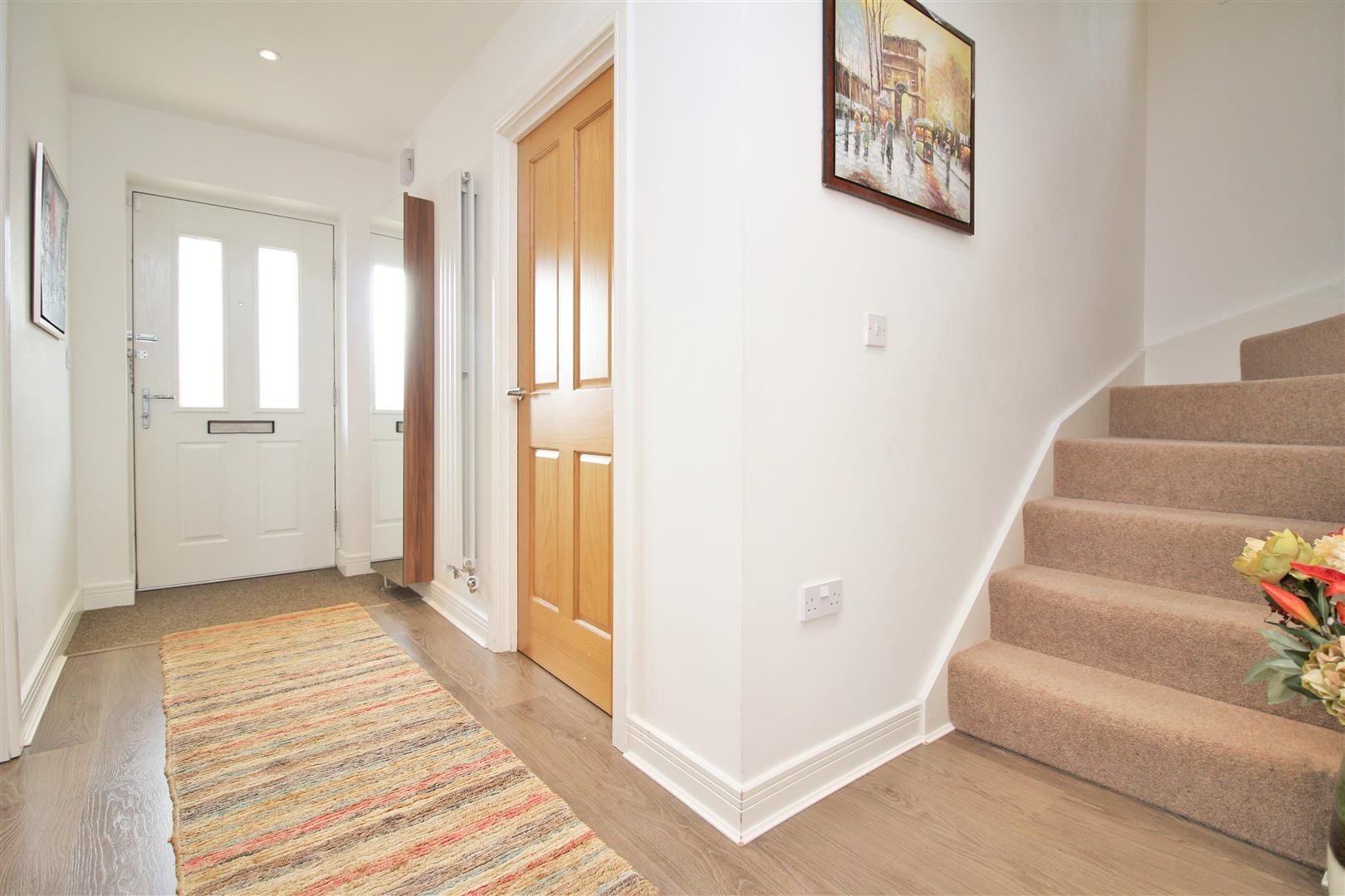4 bed to rent in Leavesden - (Property Image 11)