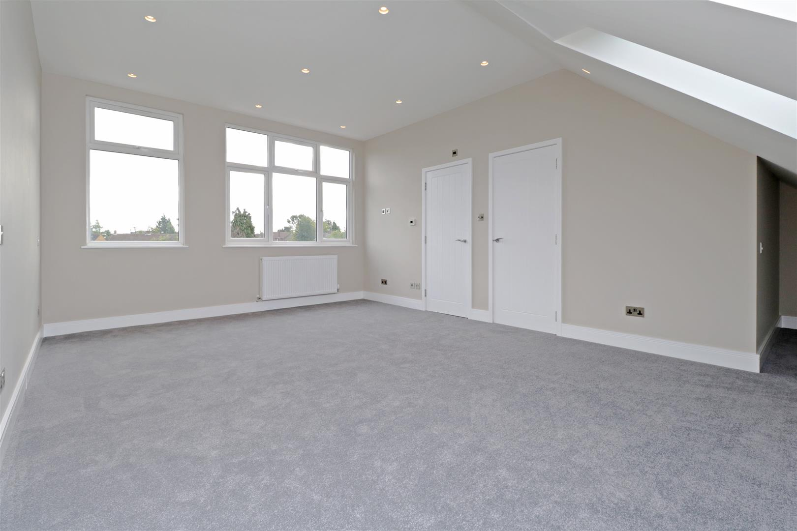 4 bed to rent in Loom Lane, Radlett - (Property Image 10)