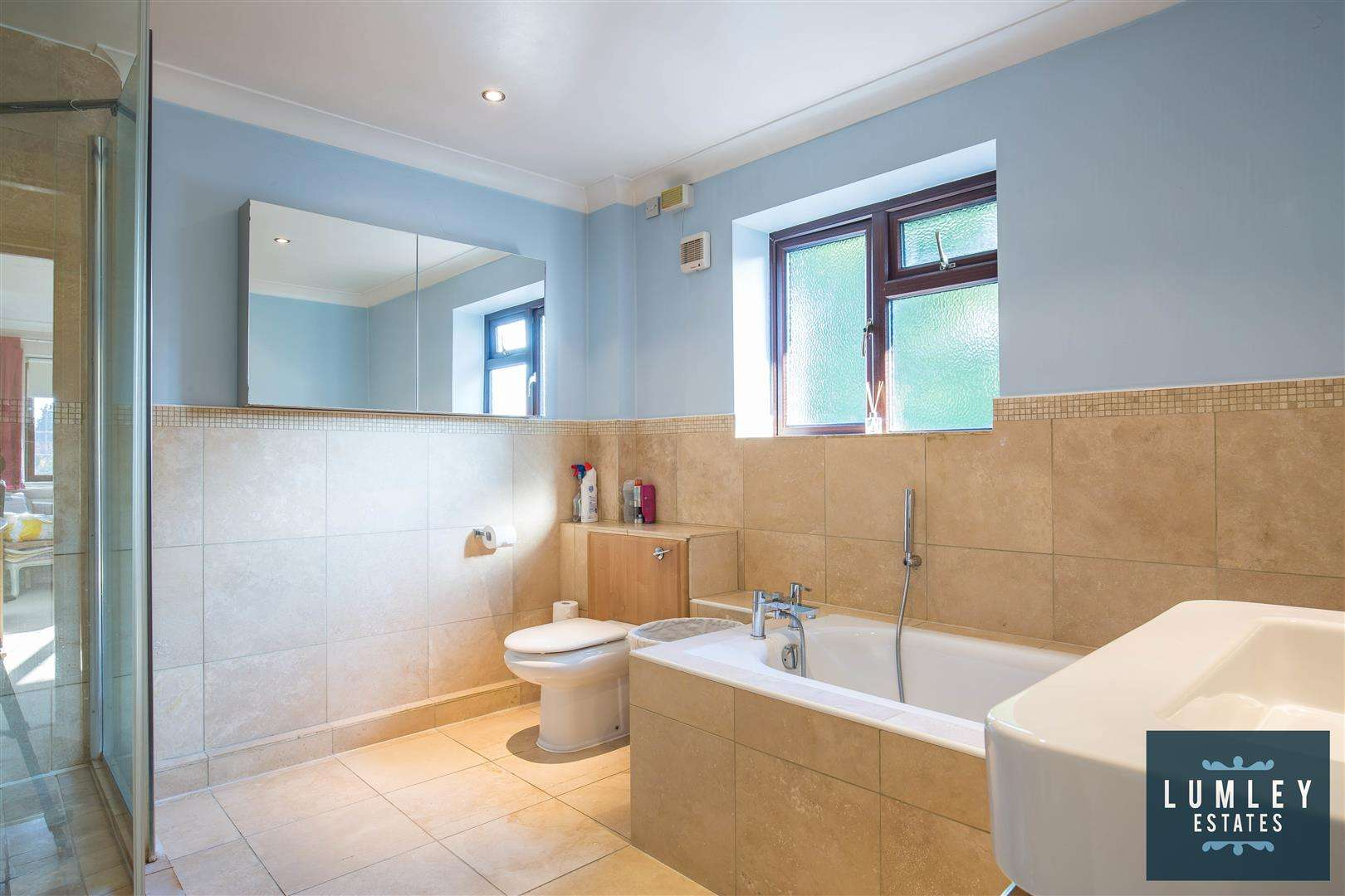 6 bed to rent - (Property Image 11)