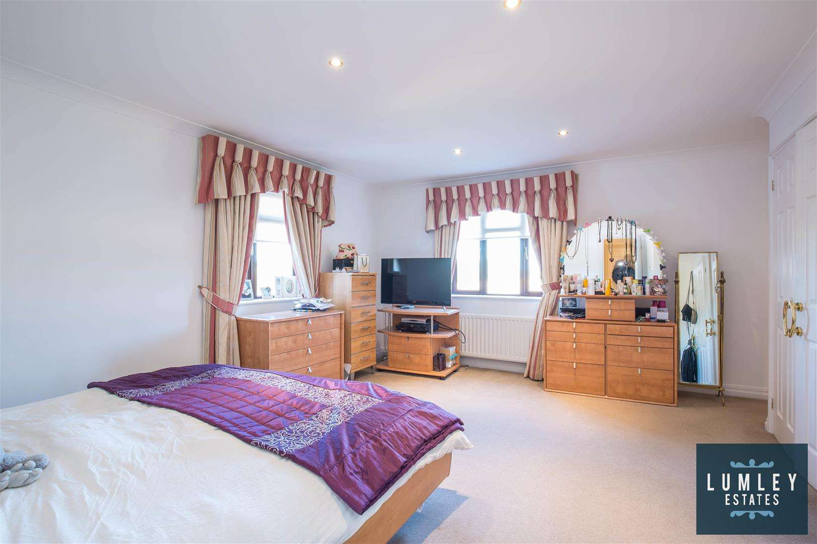 6 bed to rent - (Property Image 7)