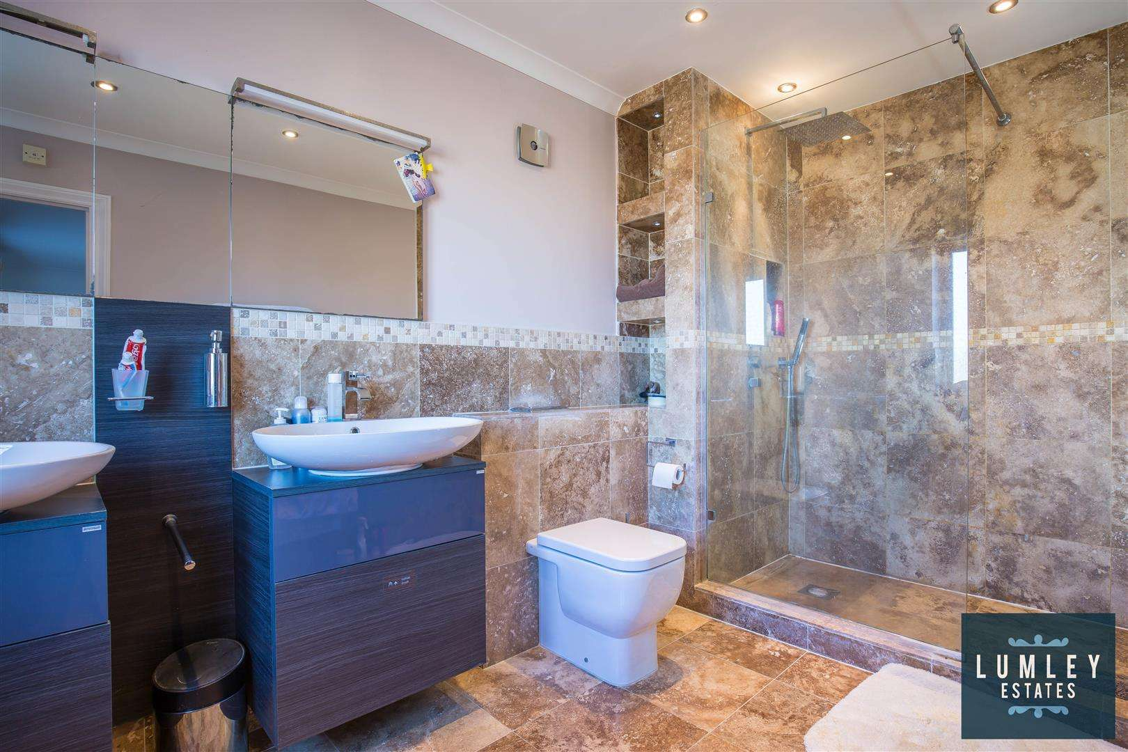 6 bed to rent - (Property Image 8)