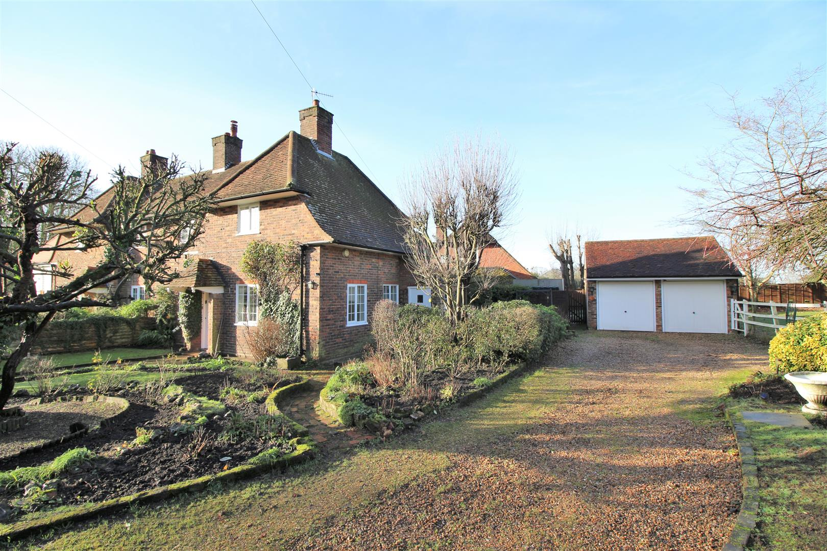 3 bed to rent in Church Lane - (Property Image 12)