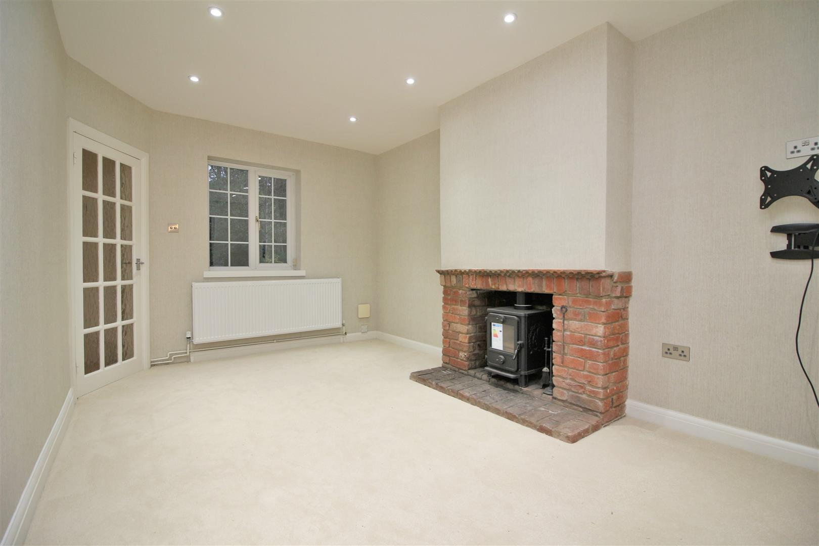 3 bed to rent in Church Lane - (Property Image 5)