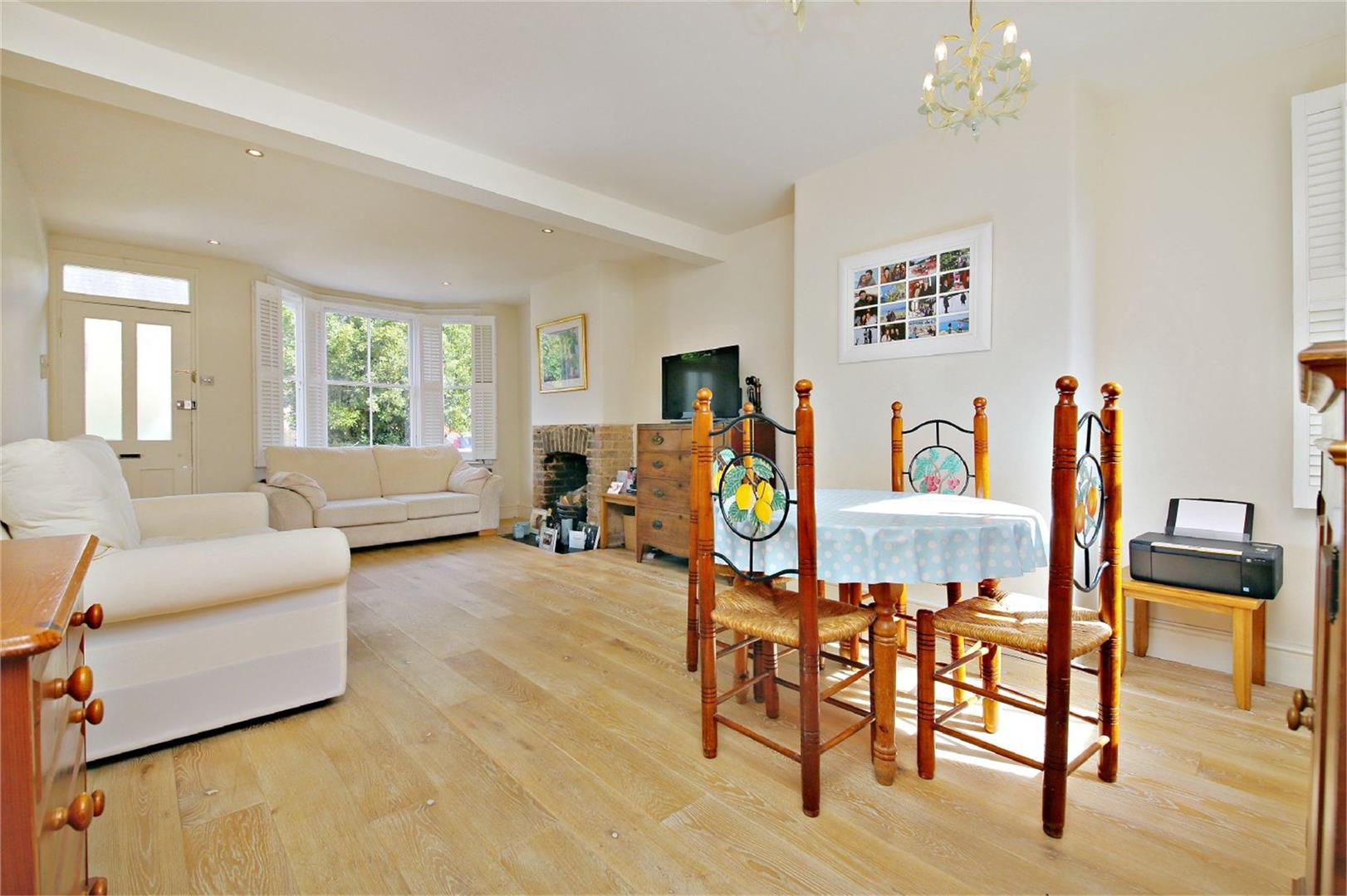 2 bed to rent in Letchmore Heath - (Property Image 1)