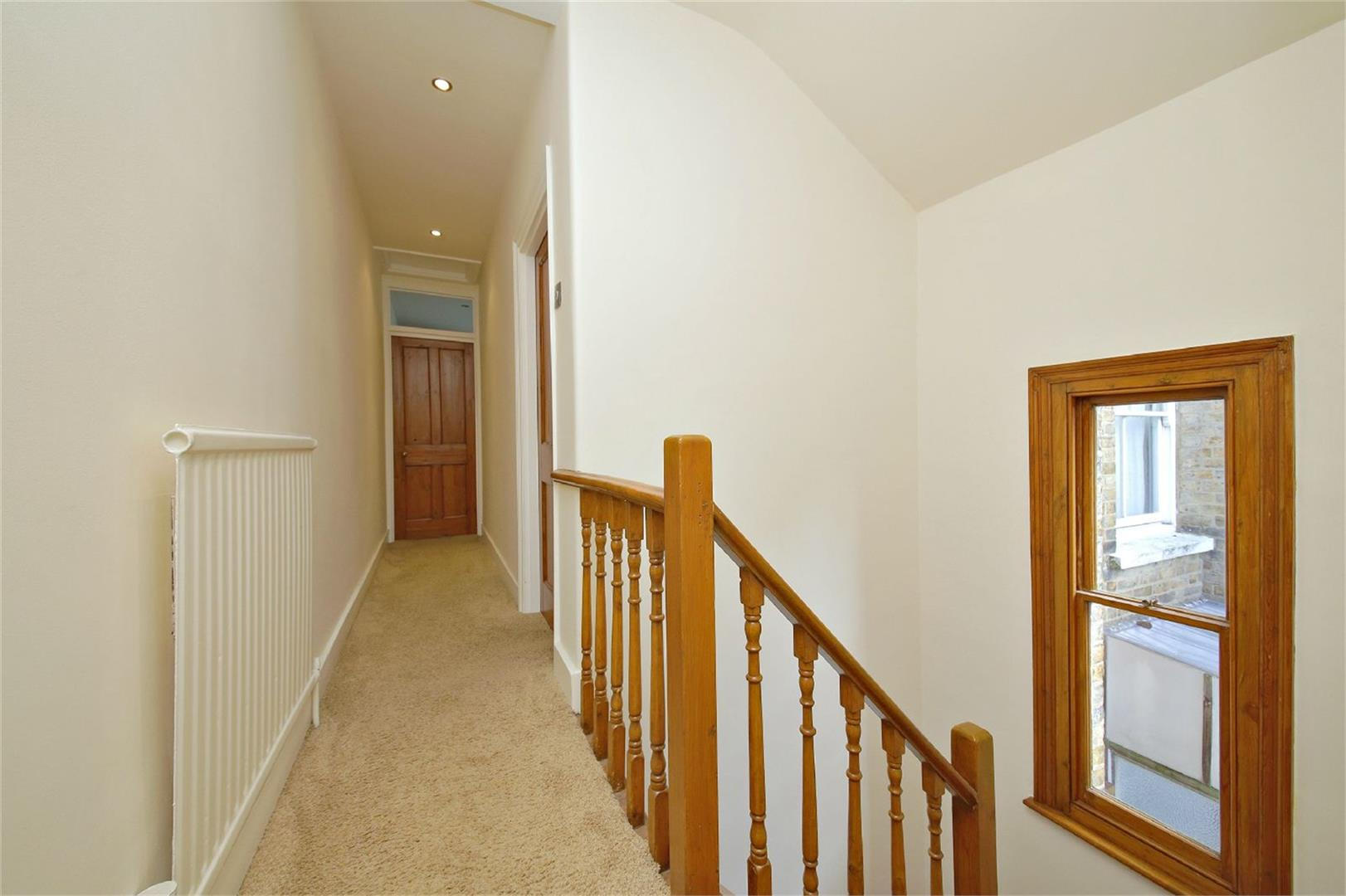 2 bed to rent in Letchmore Heath - (Property Image 4)