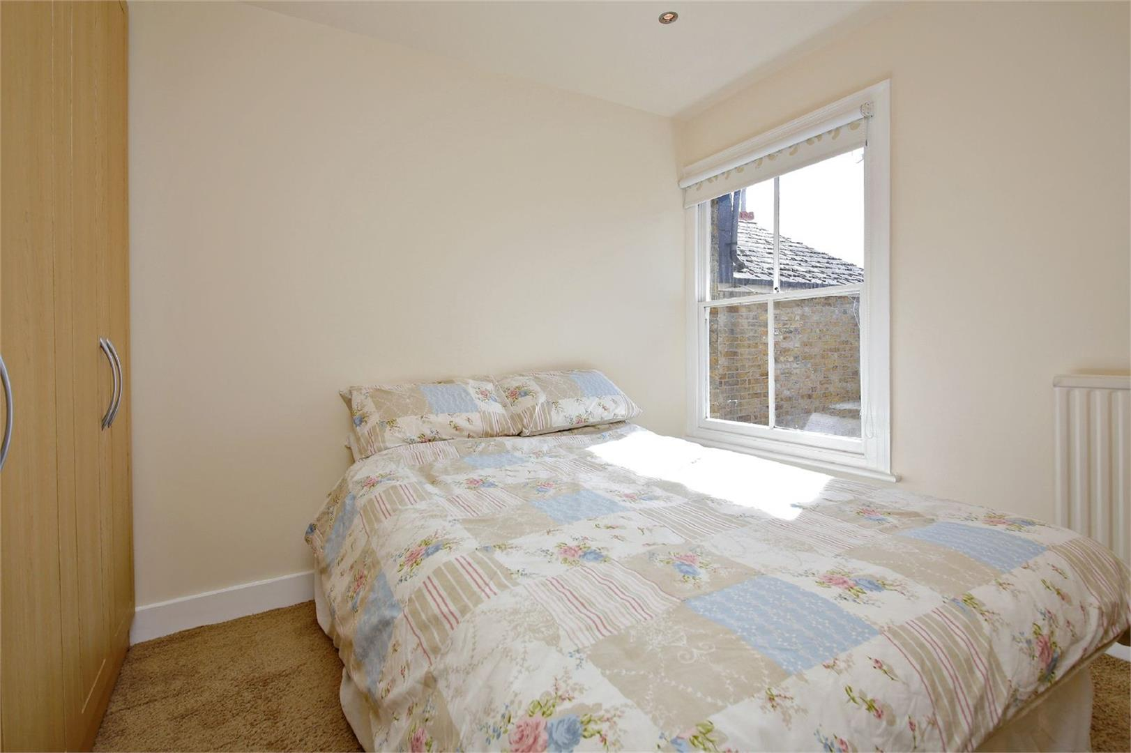 2 bed to rent in Letchmore Heath - (Property Image 6)