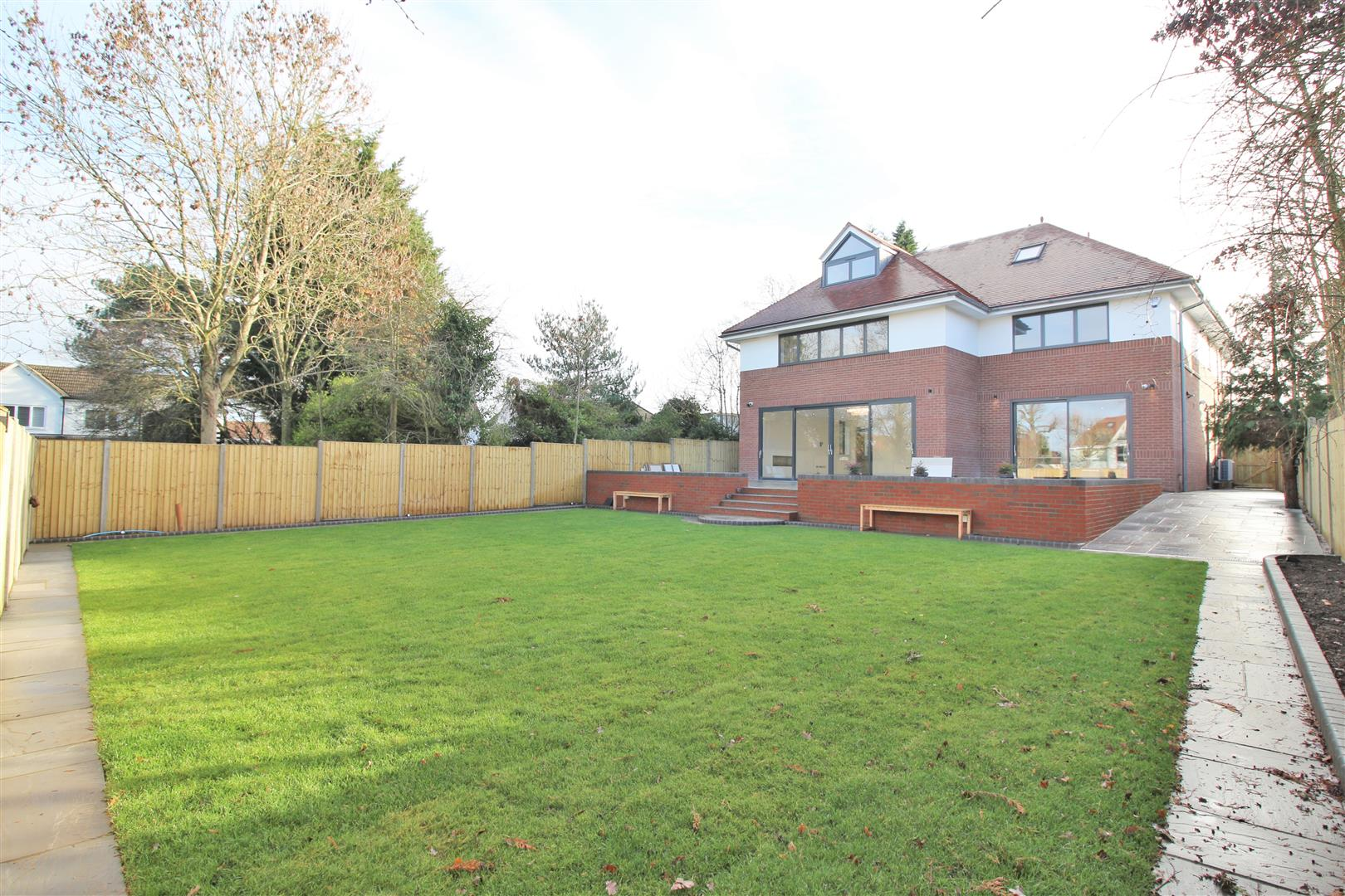7 bed to rent - (Property Image 27)