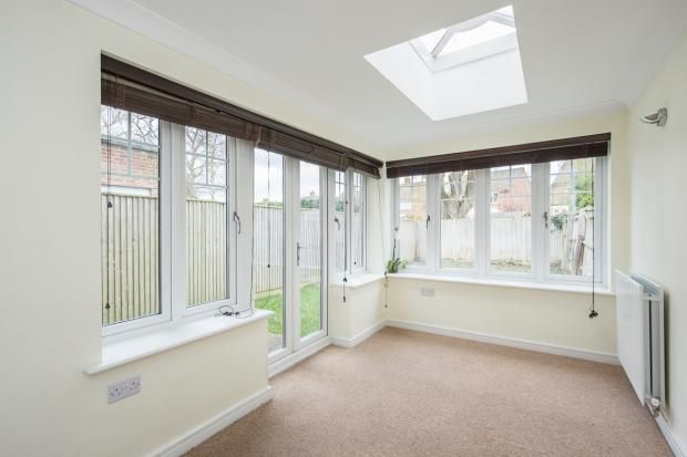 3 bed to rent in Radlett - (Property Image 3)