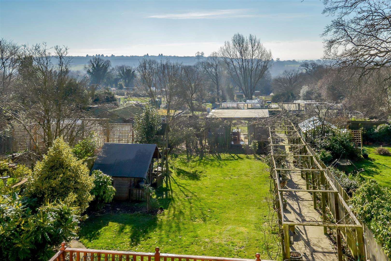 4 bed for sale in Merry Hill Road, Bushey - (Property Image 15)