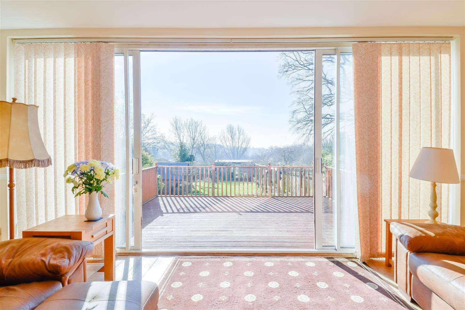 4 bed for sale in Merry Hill Road, Bushey - (Property Image 3)