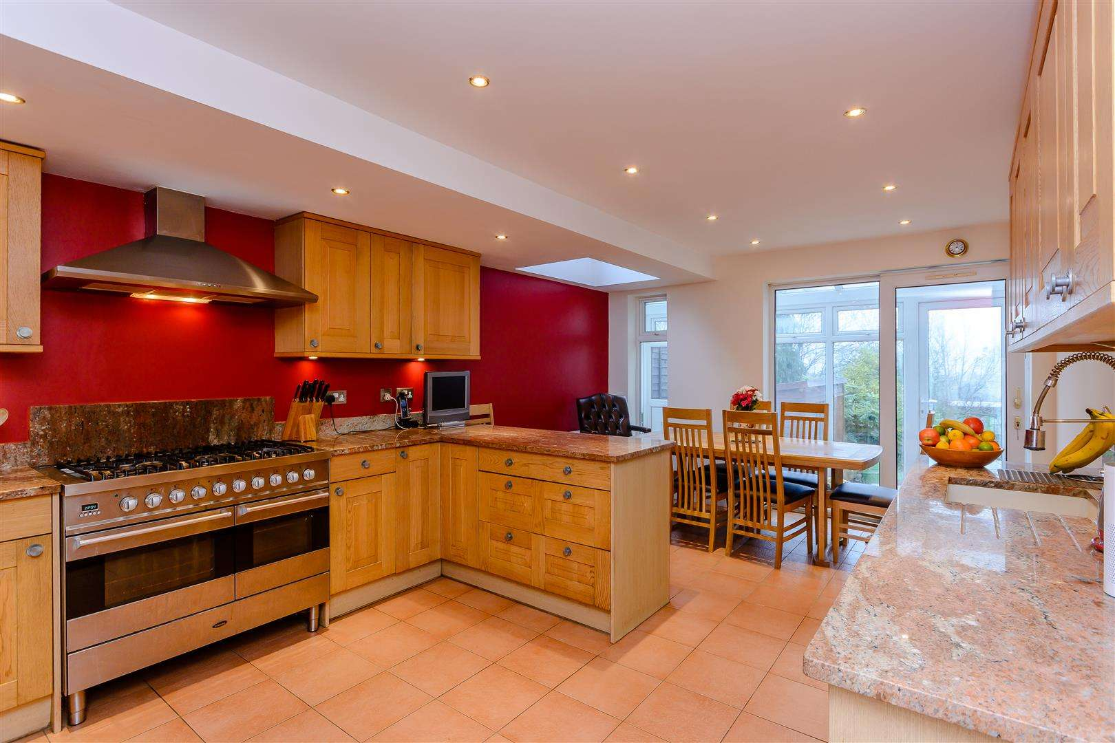 4 bed for sale in Merry Hill Road, Bushey - (Property Image 5)