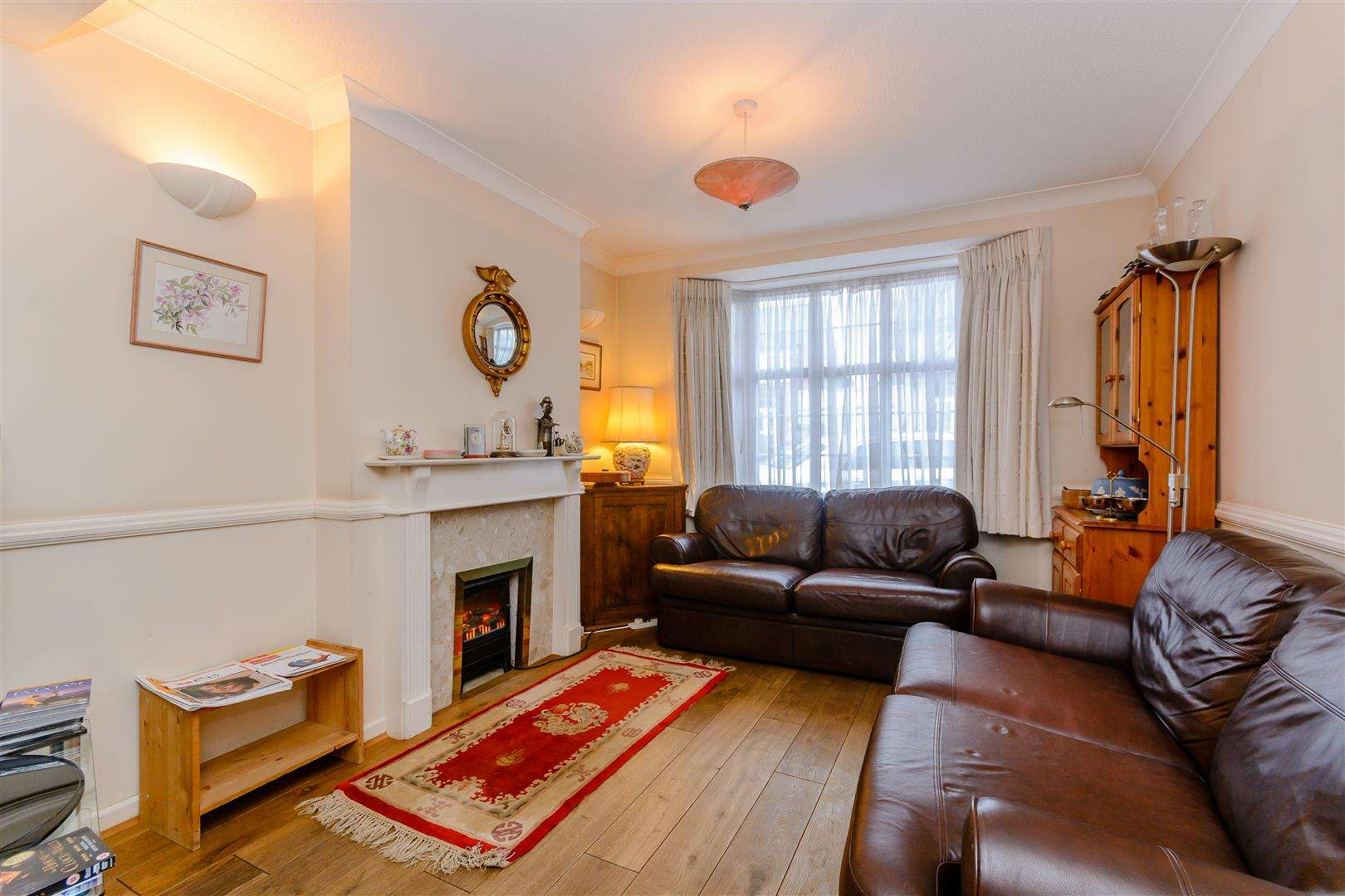 4 bed for sale in Merry Hill Road, Bushey - (Property Image 6)