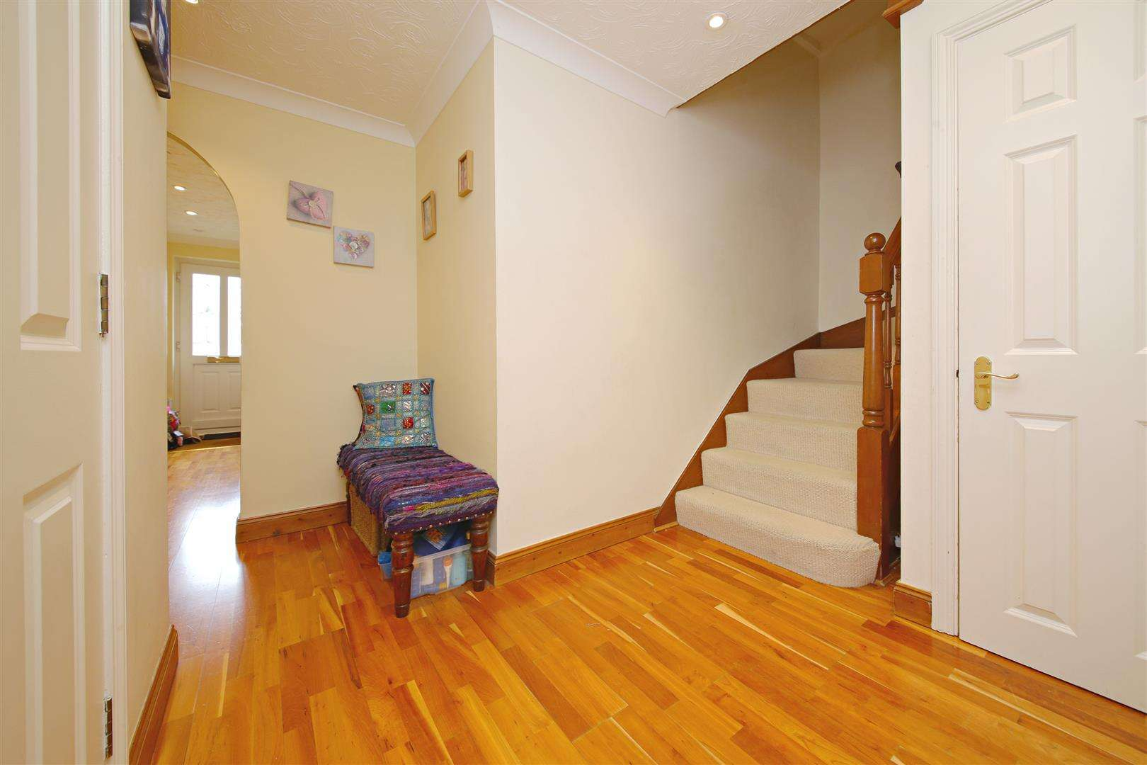 4 bed to rent in Shenley - (Property Image 3)