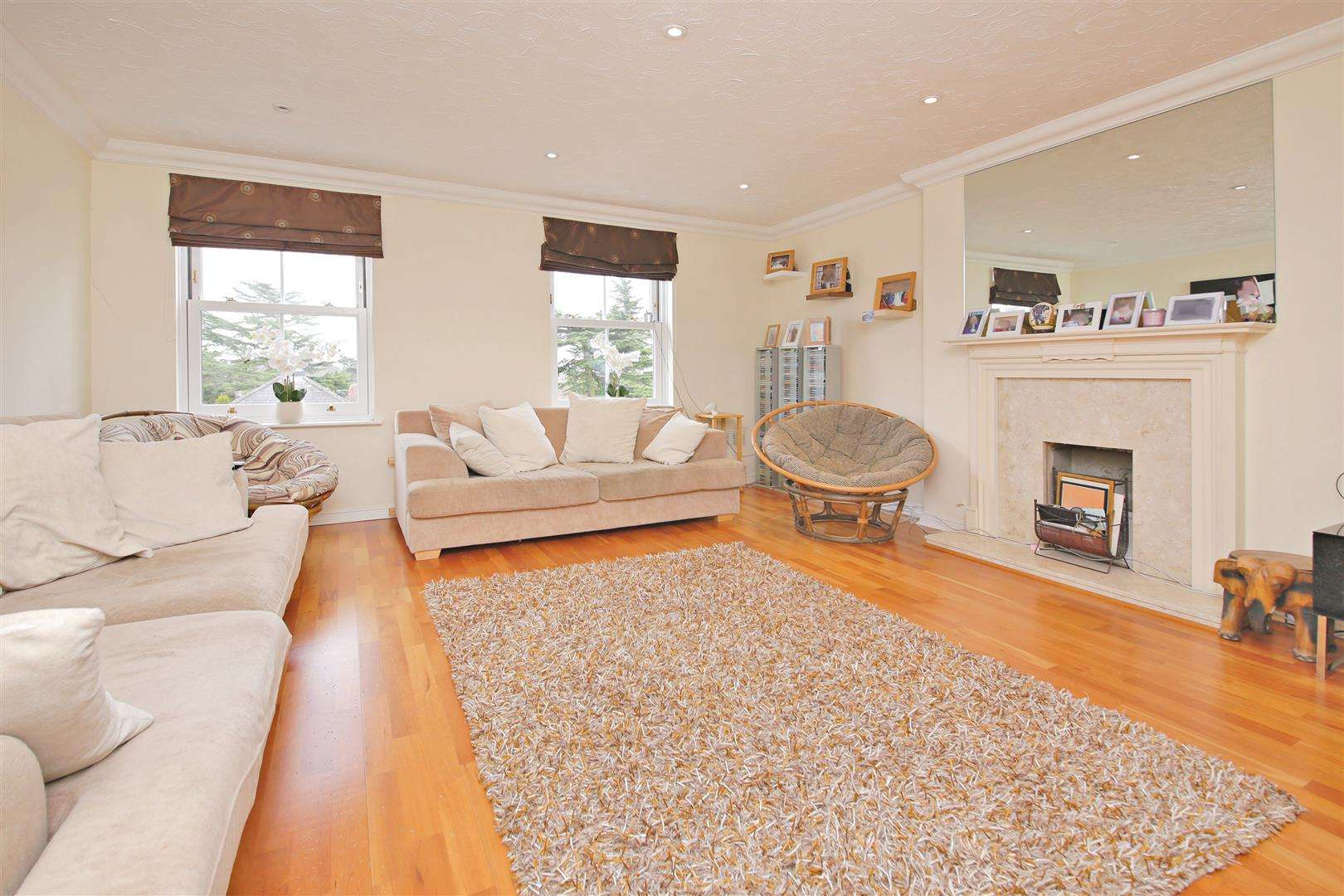 4 bed to rent in Shenley - (Property Image 4)