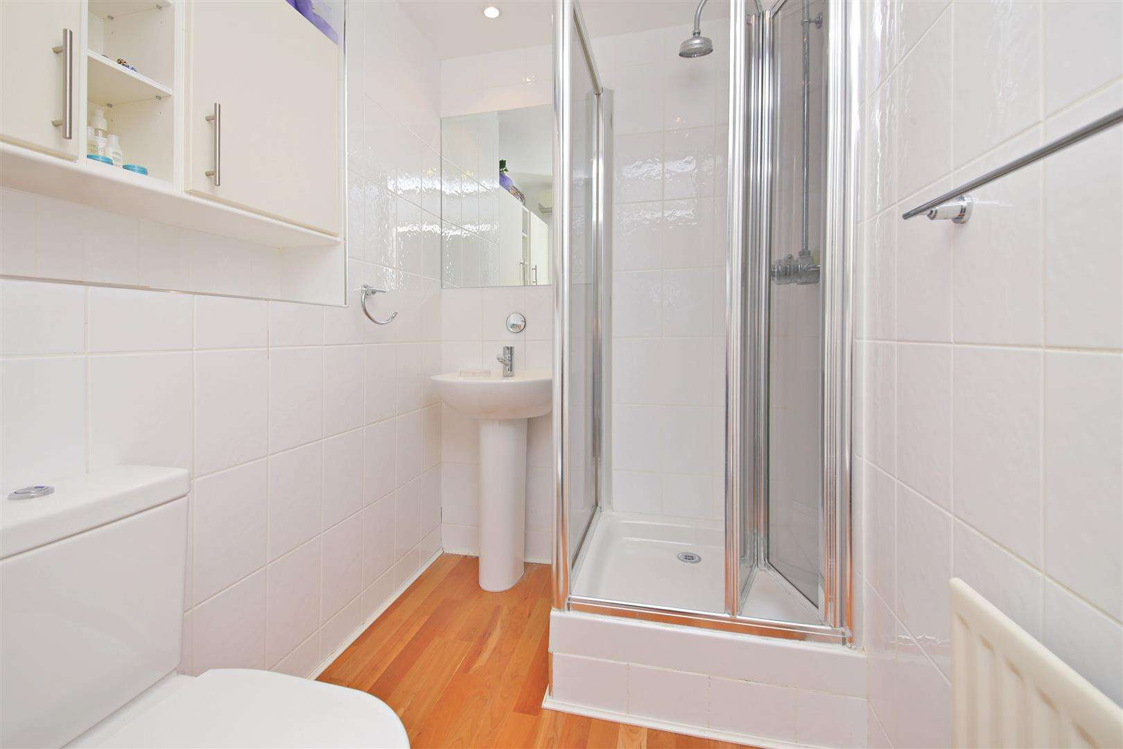 4 bed to rent in Shenley - (Property Image 6)