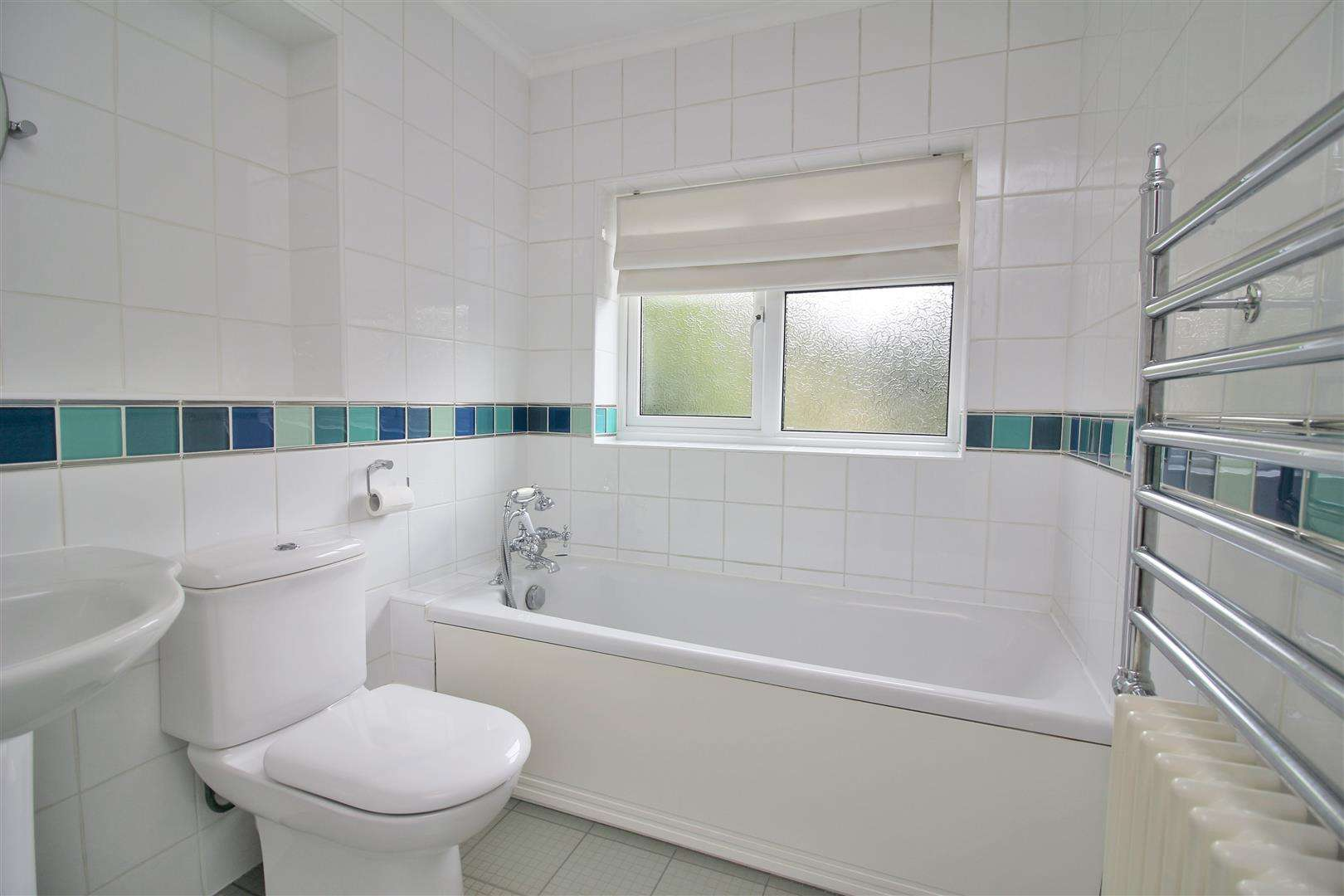 5 bed for sale - (Property Image 12)
