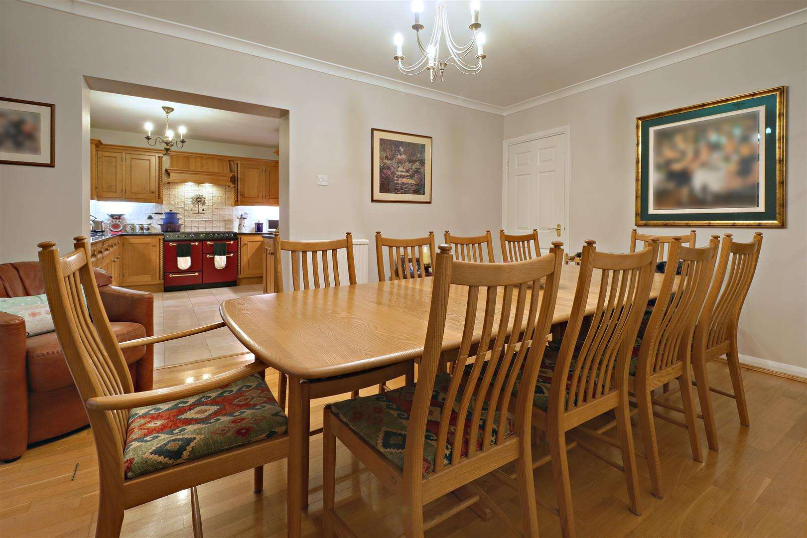 5 bed for sale - (Property Image 3)
