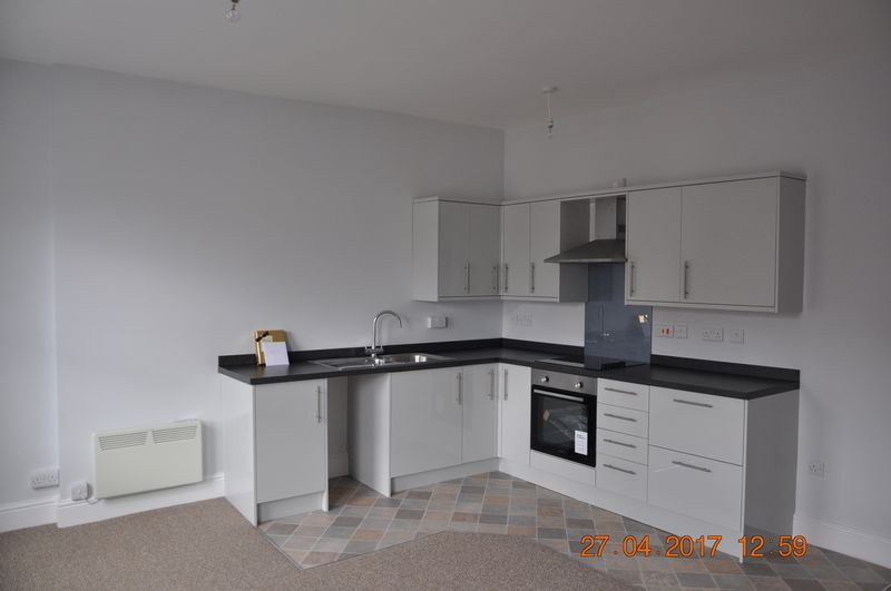 1 bed flat to rent in Church Lane