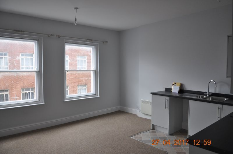 1 bed flat to rent in Church Lane  - Property Image 2