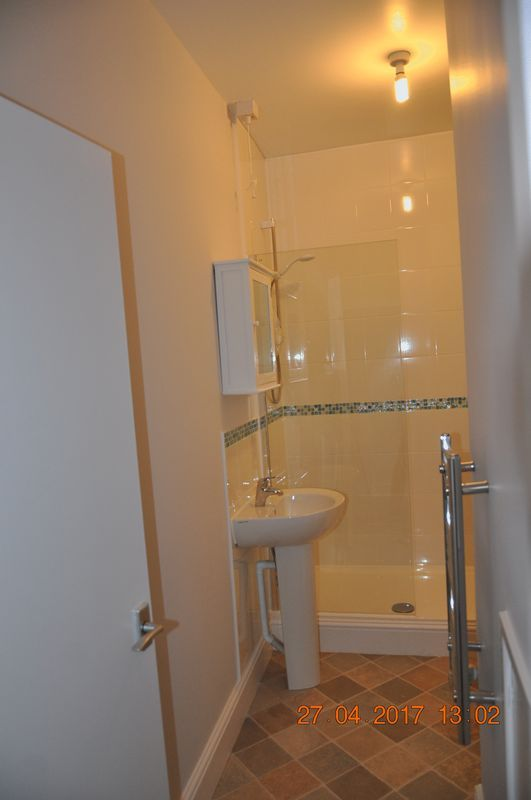 1 bed flat to rent in Church Lane  - Property Image 5