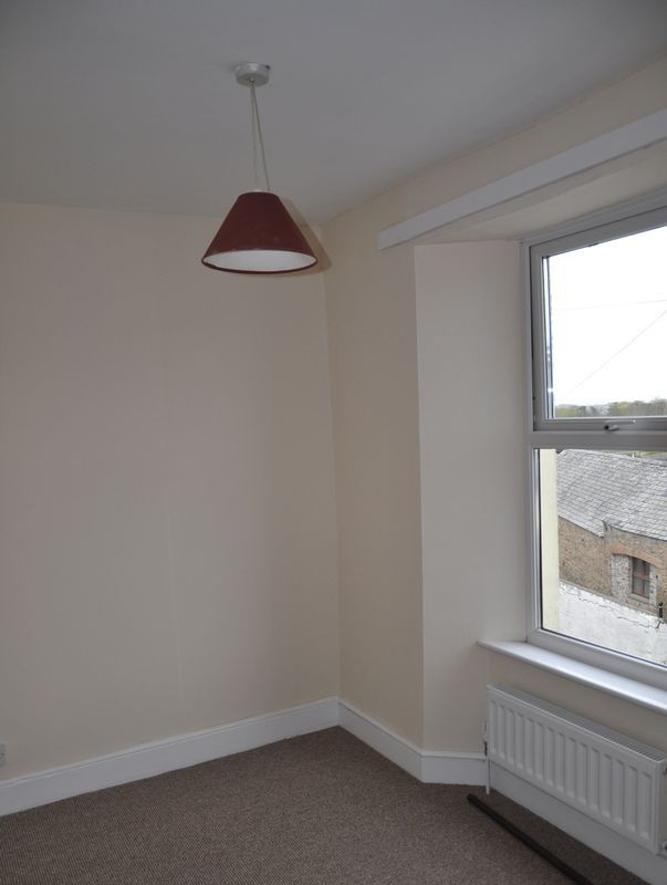 3 bed House to rent on Abbotts Hill - Photo 15 (Property Image 10)