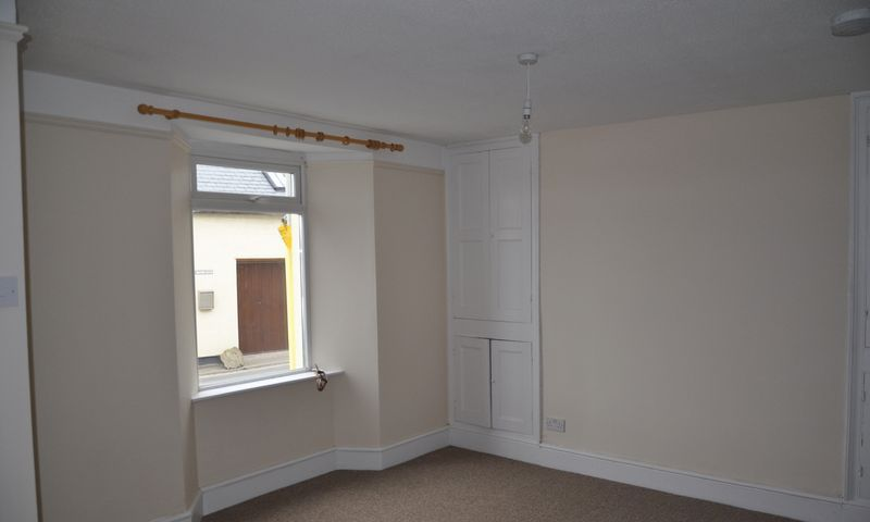 3 bed house to rent in Abbotts Hill  - Property Image 3