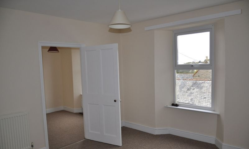 3 bed House to rent on Abbotts Hill - Photo 14 (Property Image 9)