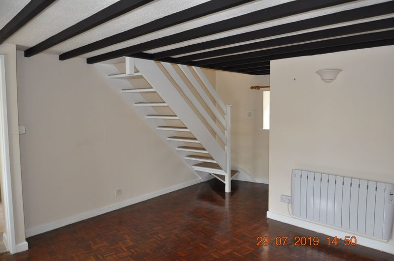 3 bed House to rent on Prixford Cottages - Photo 4 (Property Image 2)