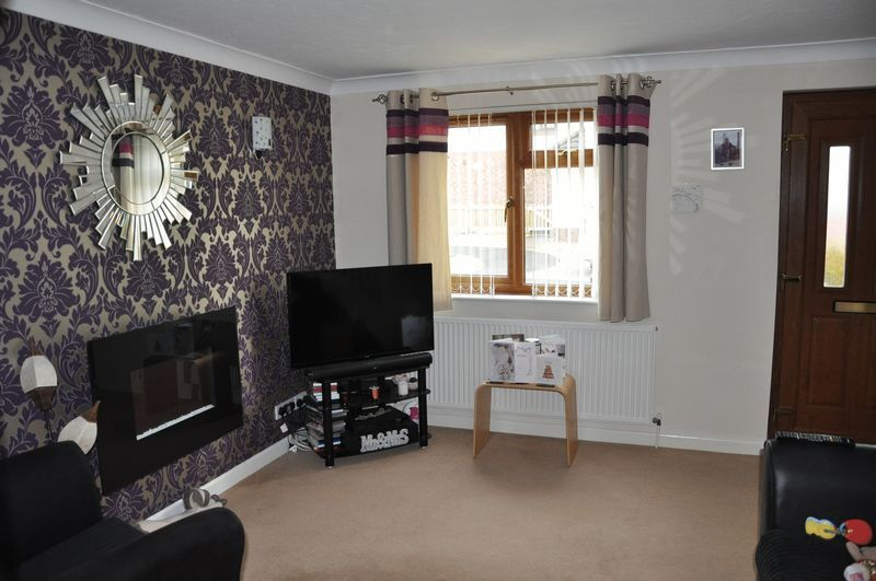 2 bed House to rent on Mulberry Way - Photo 4 (Property Image 3)