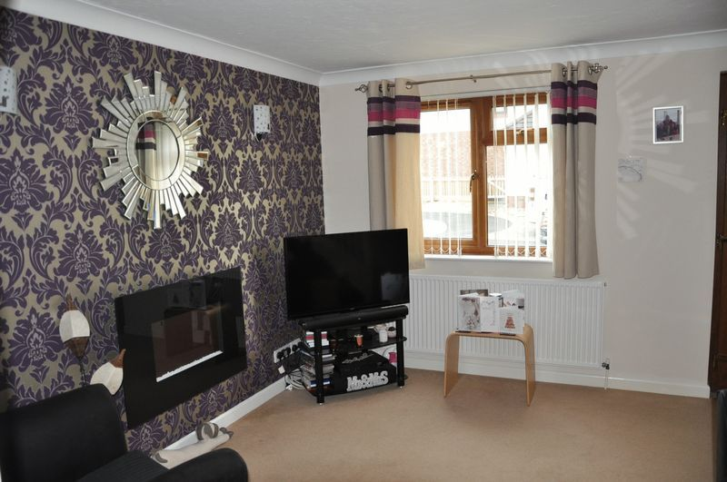 2 bed House to rent on Mulberry Way - Photo 5 (Property Image 4)