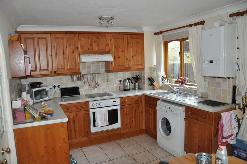 2 bed House to rent on Mulberry Way - Photo 9 (Property Image 8)