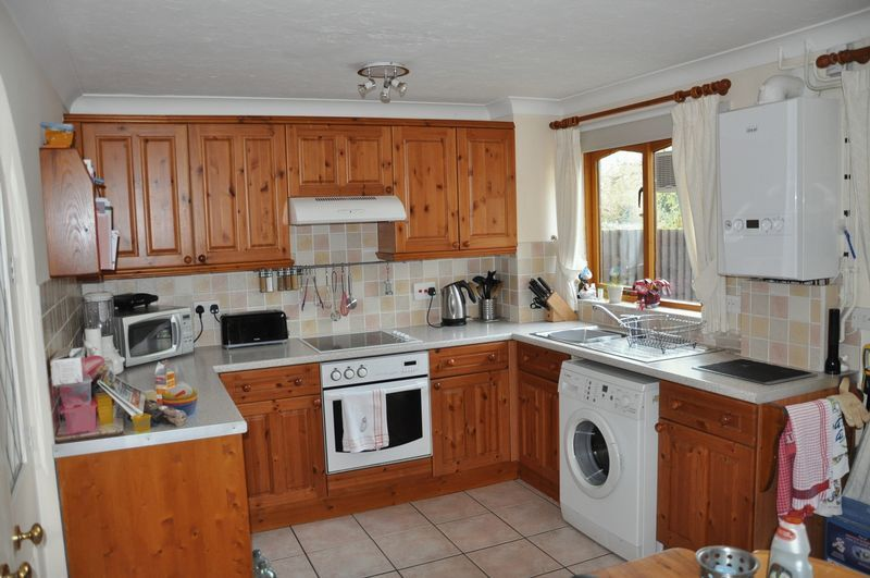 2 bed House to rent on Mulberry Way - Photo 10 (Property Image 9)